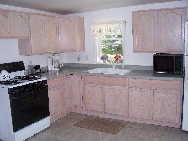 Beach House cottage kitchen