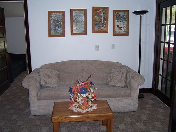 Boater's Cove cottage sitting room