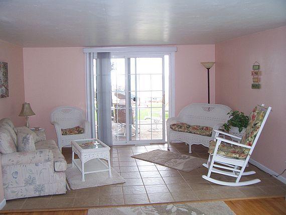 Captain's Quarters cottage sitting room
