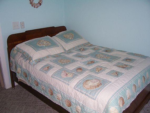 Sea Shell Inn Cottage bedroom